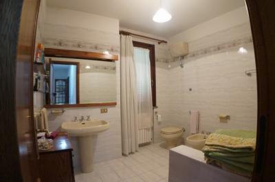 Villa singola a San Giuliano Terme (4/5)