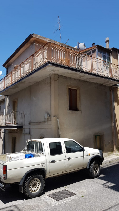 Vai alla scheda: Casa indipendente Vendita Montalbano Elicona