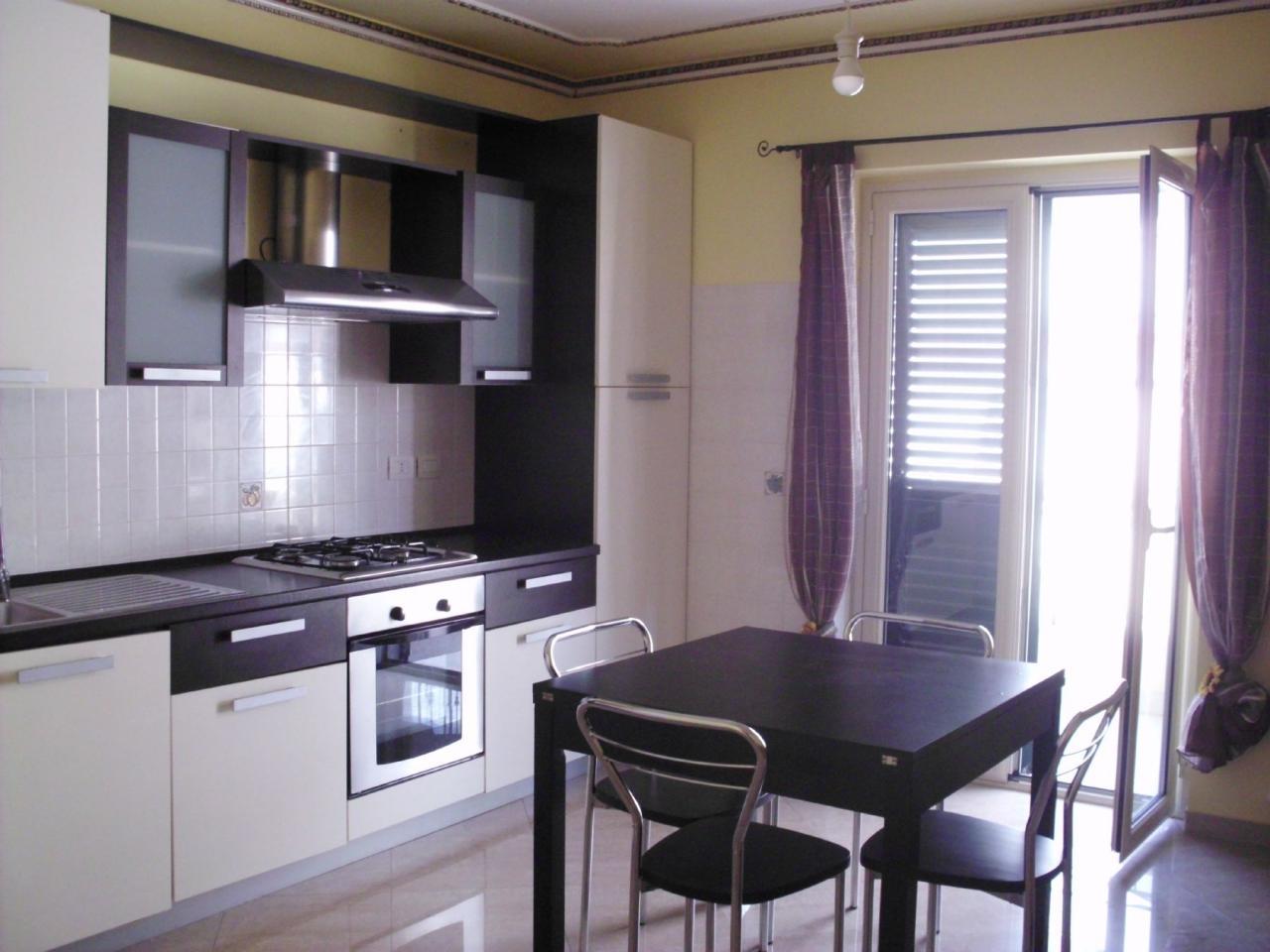 affitto appartamento merì   400 euro  2 locali  60 mq