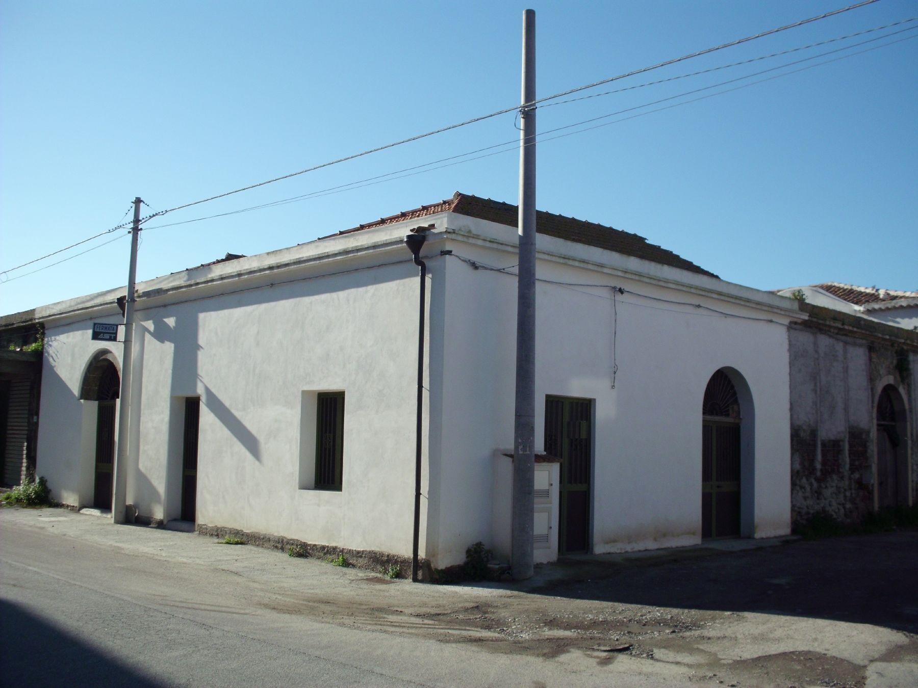 vendita casa indipendente milazzo   140000 euro  3 locali  138 mq