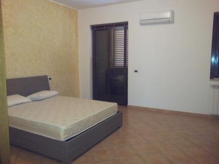 vendita appartamento barcellona pozzo di gotto   128000 euro  7 locali  150 mq
