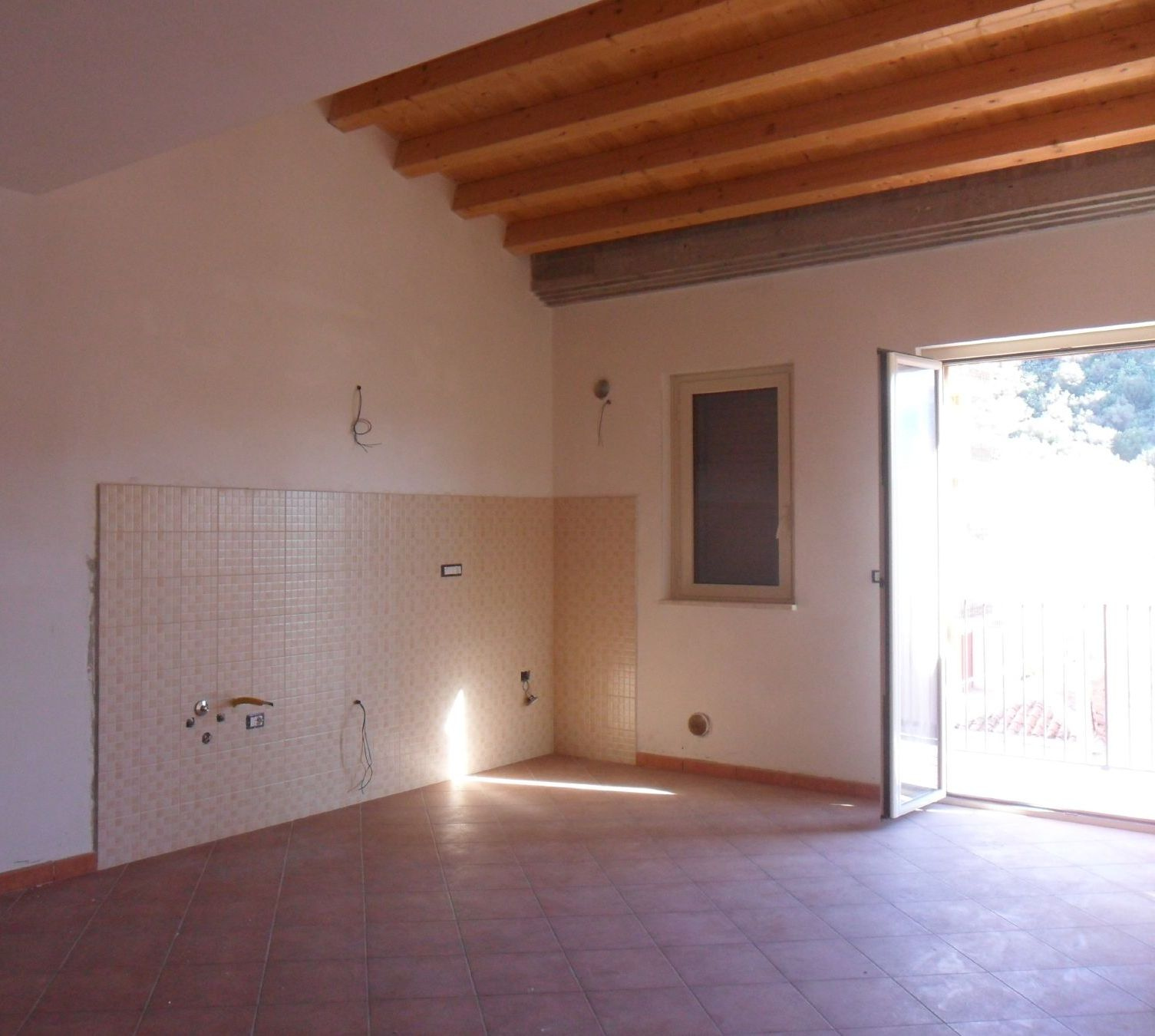 vendita appartamento milazzo   140000 euro  3 locali  90 mq