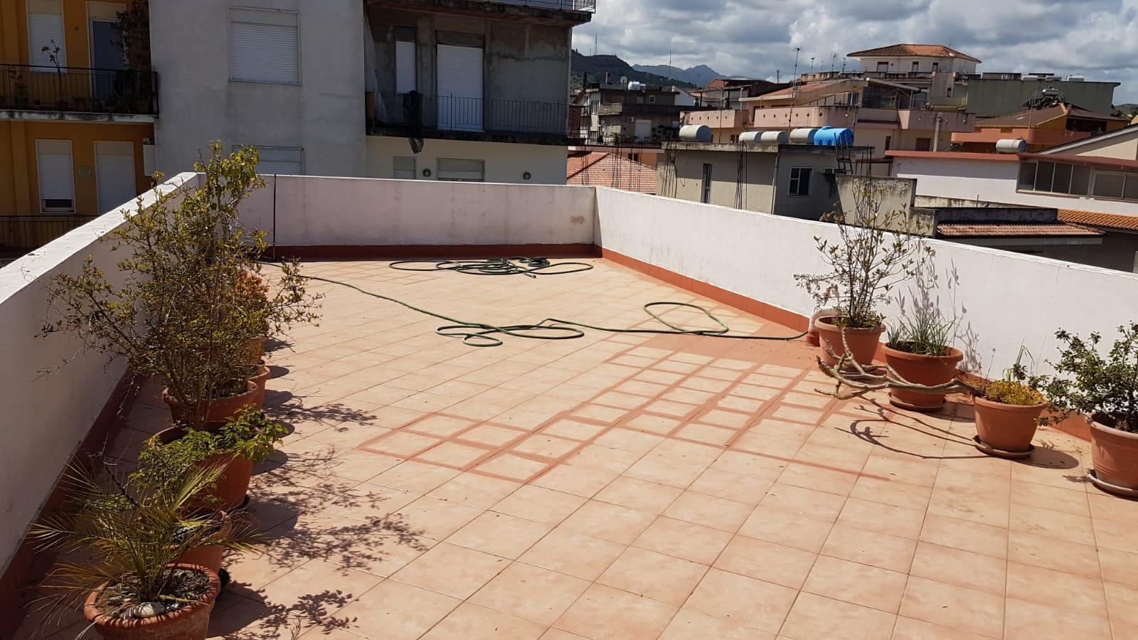 Appartamento in vendita a Barcellona Pozzo di Gotto, 3 locali, prezzo € 39.000 | PortaleAgenzieImmobiliari.it
