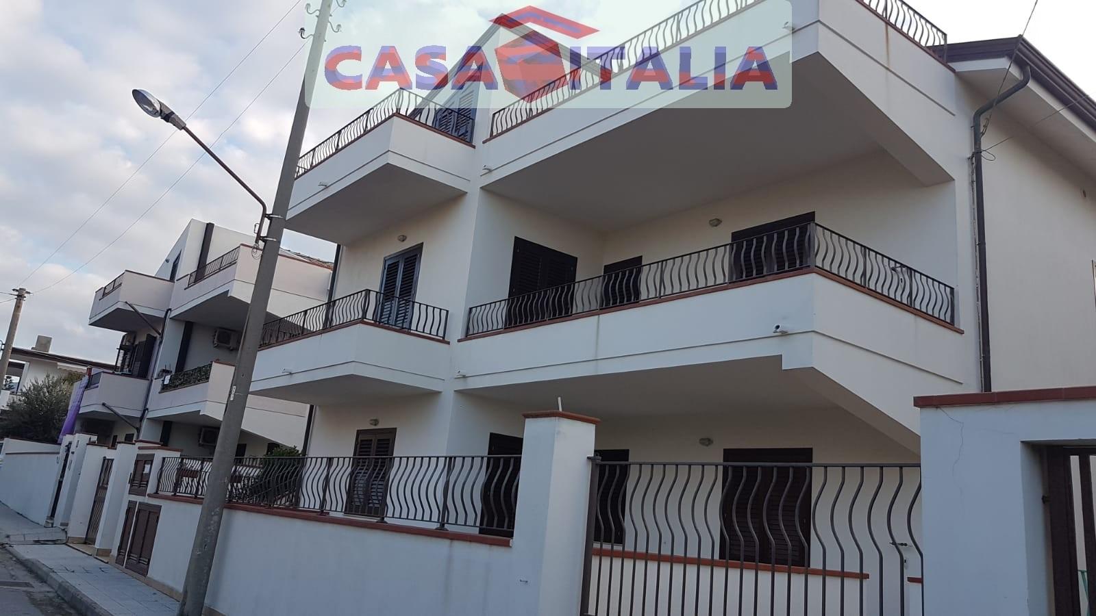 Appartamento in vendita a Barcellona Pozzo di Gotto, 3 locali, zona Località: Spinesante, prezzo € 150.000 | PortaleAgenzieImmobiliari.it