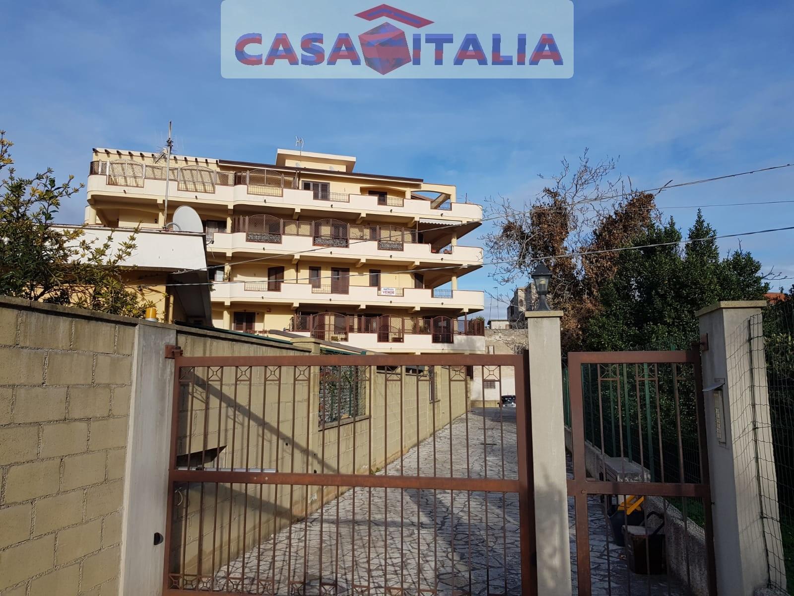 Appartamento in vendita a Barcellona Pozzo di Gotto, 4 locali, prezzo € 140.000 | PortaleAgenzieImmobiliari.it