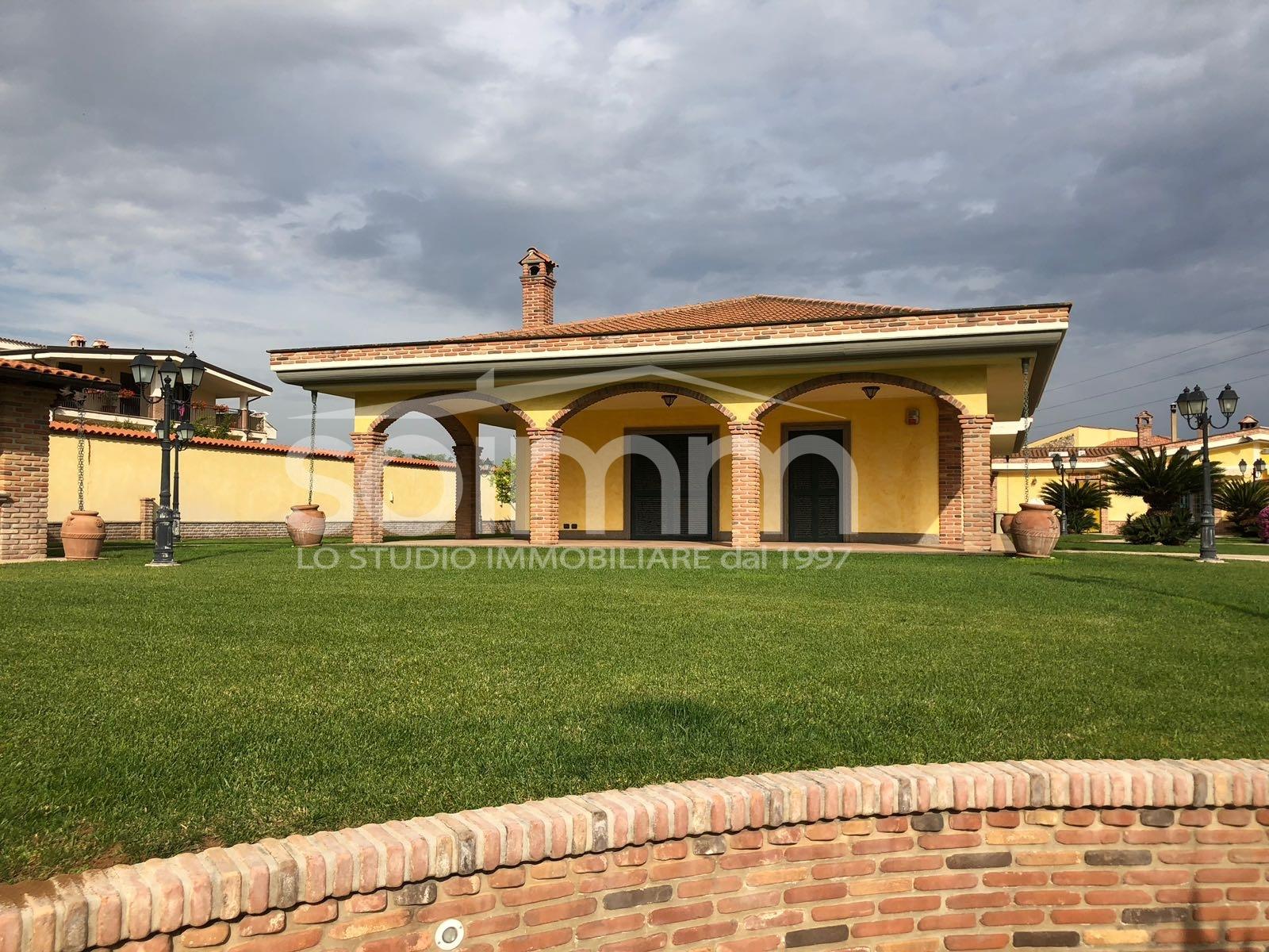 Villa in Vendita a Nettuno - Cod. AO139