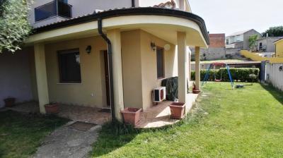 Villa Caposchiera in Vendita a Dolianova