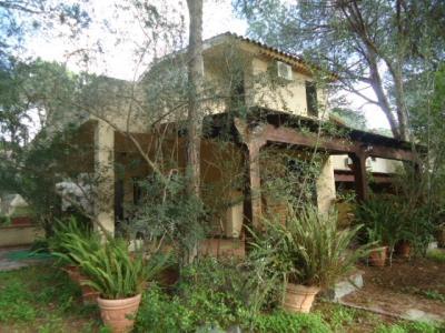 Villa Caposchiera in Vendita a Pula