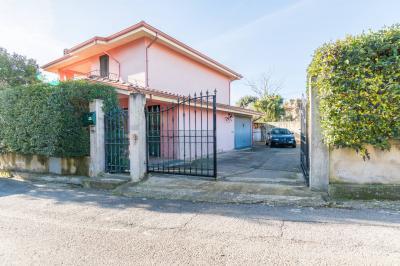 Villa in Vendita a Suelli