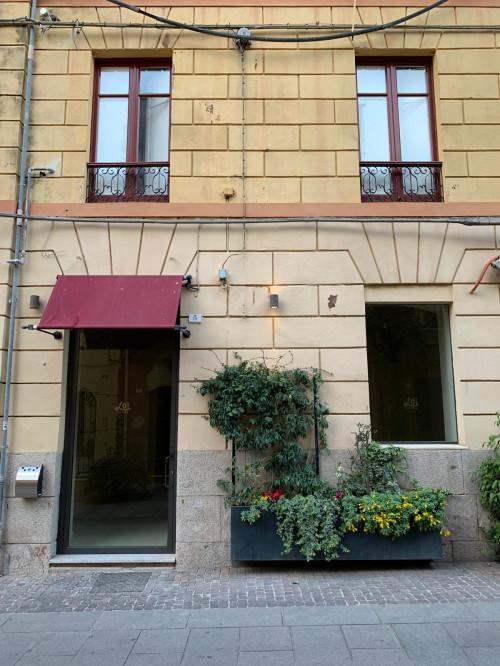 Locale commerciale in Affitto a Cagliari
