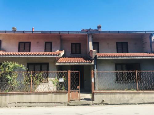 Villa Bifamiliare in Vendita a Lunamatrona