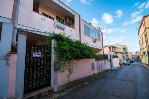 Villa a Schiera in Vendita a Dolianova