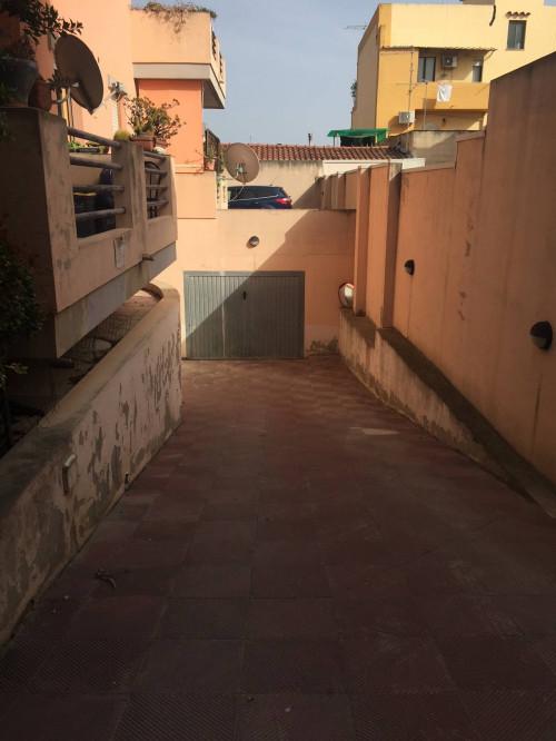 Box o garage in Affitto a Cagliari