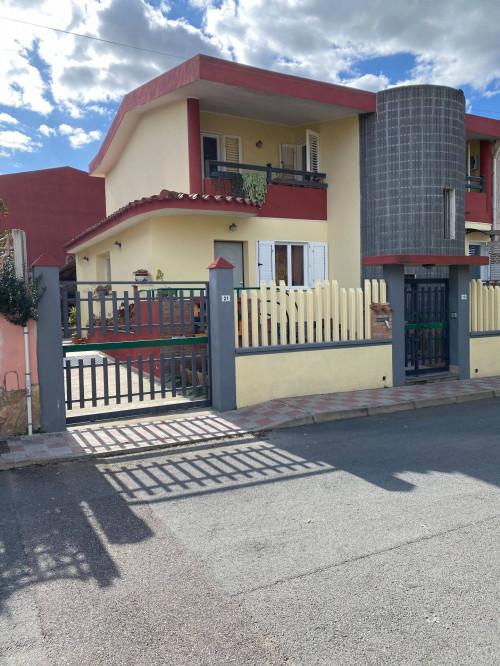 Villa Caposchiera in Vendita a Cagliari