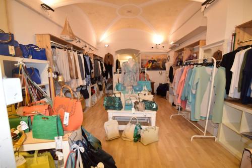Vai alla scheda: Attività Commerciale Affitto Santa Margherita Ligure