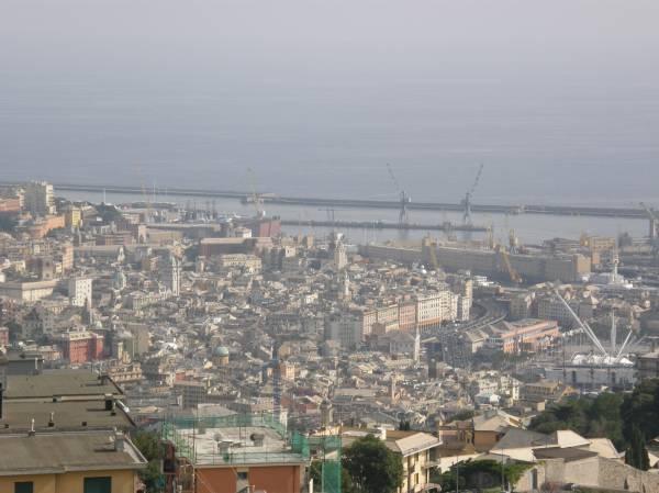 Appartamento in affitto a Genova, 6 locali, zona Località: Oregina, prezzo € 490 | PortaleAgenzieImmobiliari.it