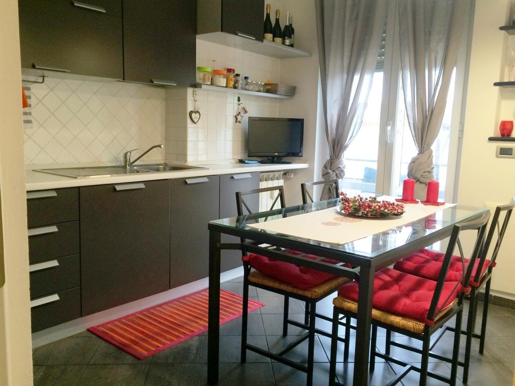 affitto appartamento genova pra  460 euro  4 locali  50 mq
