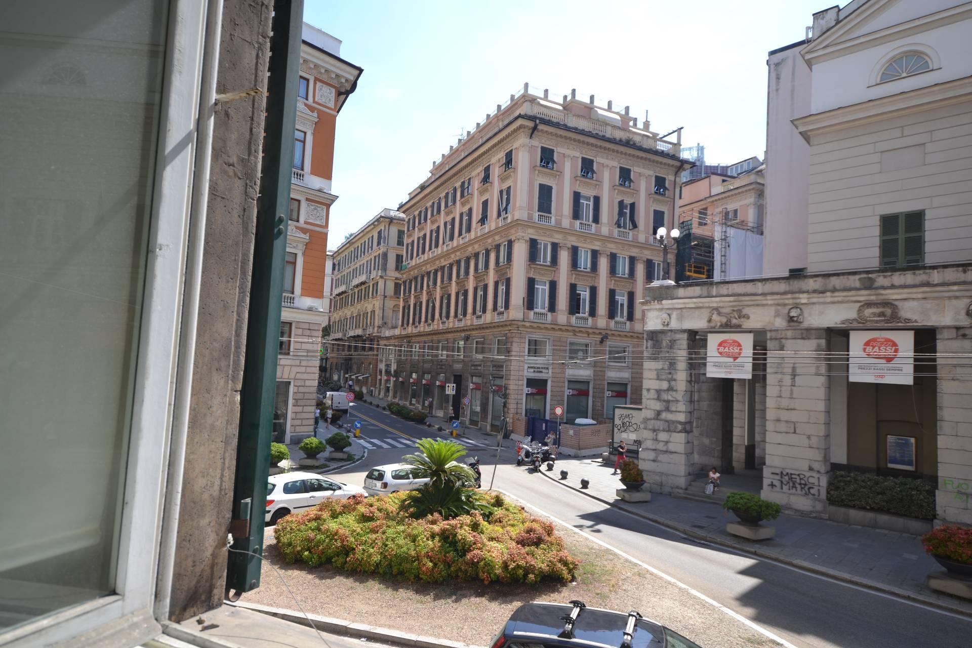 Ufficio / Studio in affitto a Genova, 9999 locali, zona Zona: 1 . Centro, Centro Storico, prezzo € 700 | CambioCasa.it