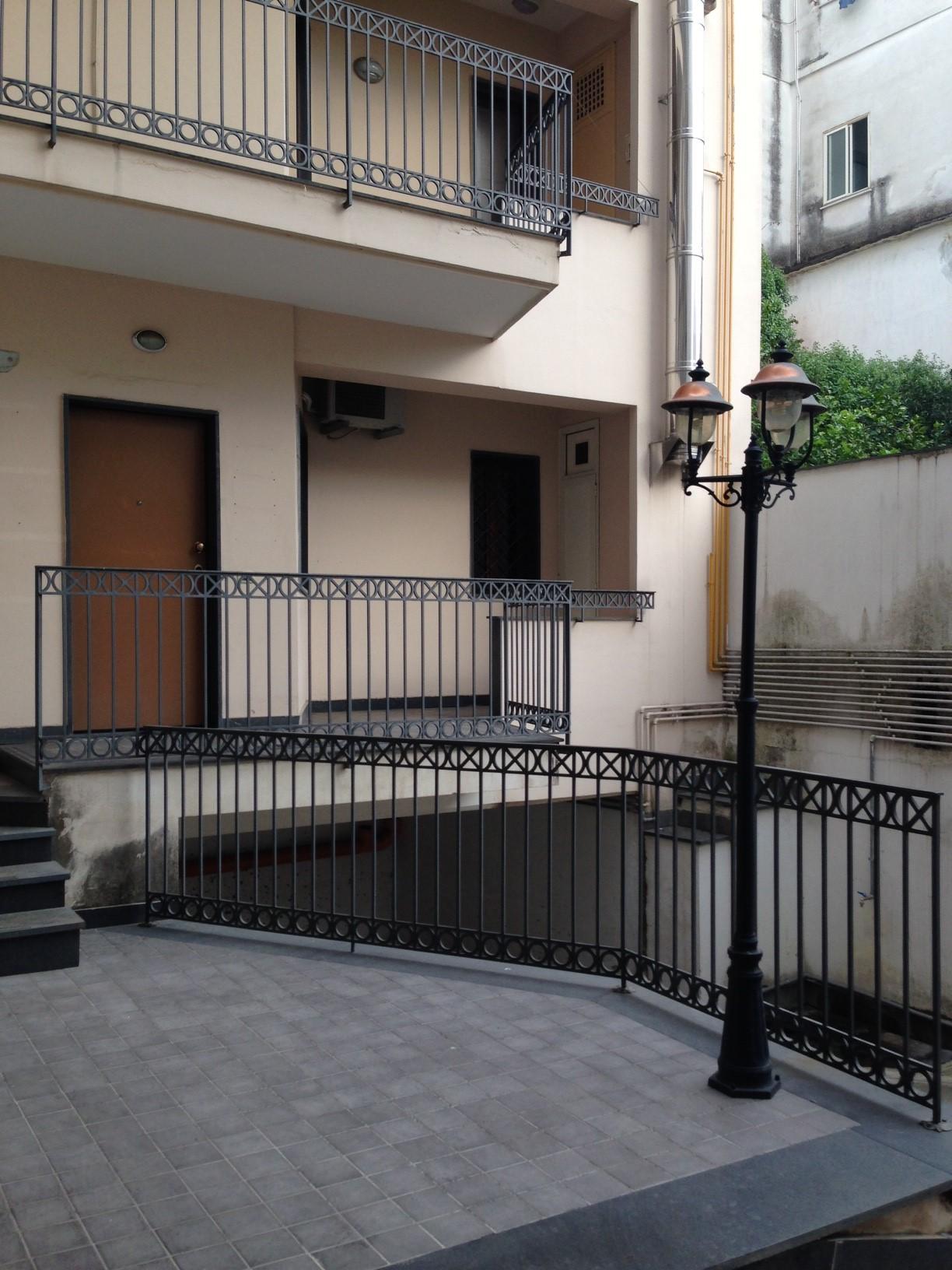 Ufficio / Studio in affitto a Marigliano, 9999 locali, prezzo € 300 | CambioCasa.it