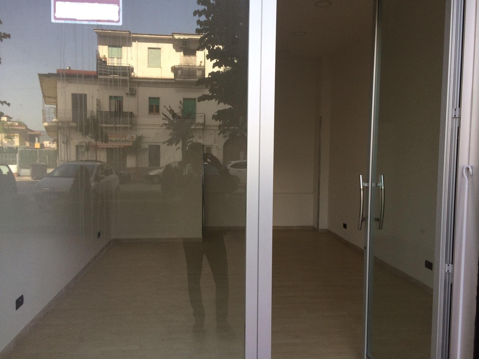 Attività / Licenza in affitto a Marigliano, 1 locali, prezzo € 450 | CambioCasa.it