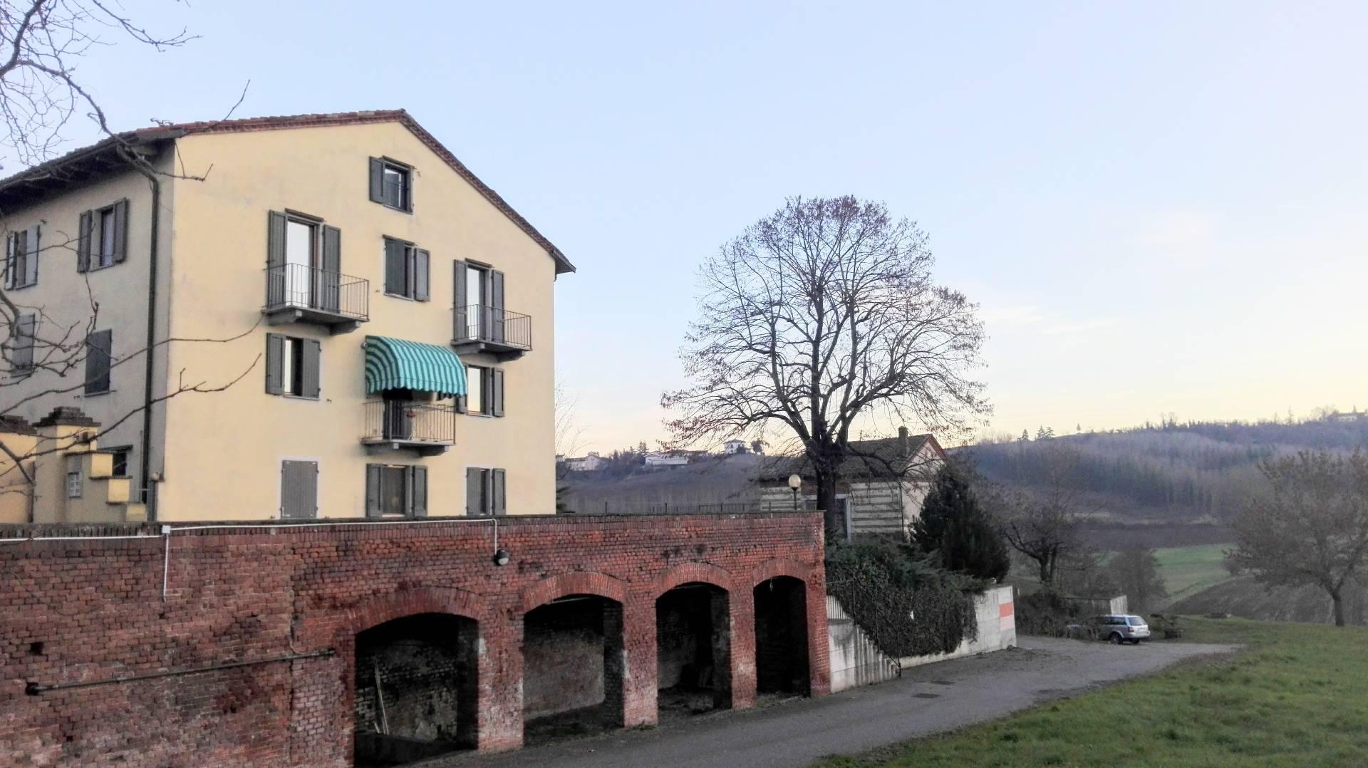 Appartamento in vendita a Rosignano Monferrato, 4 locali, prezzo € 115.000   CambioCasa.it