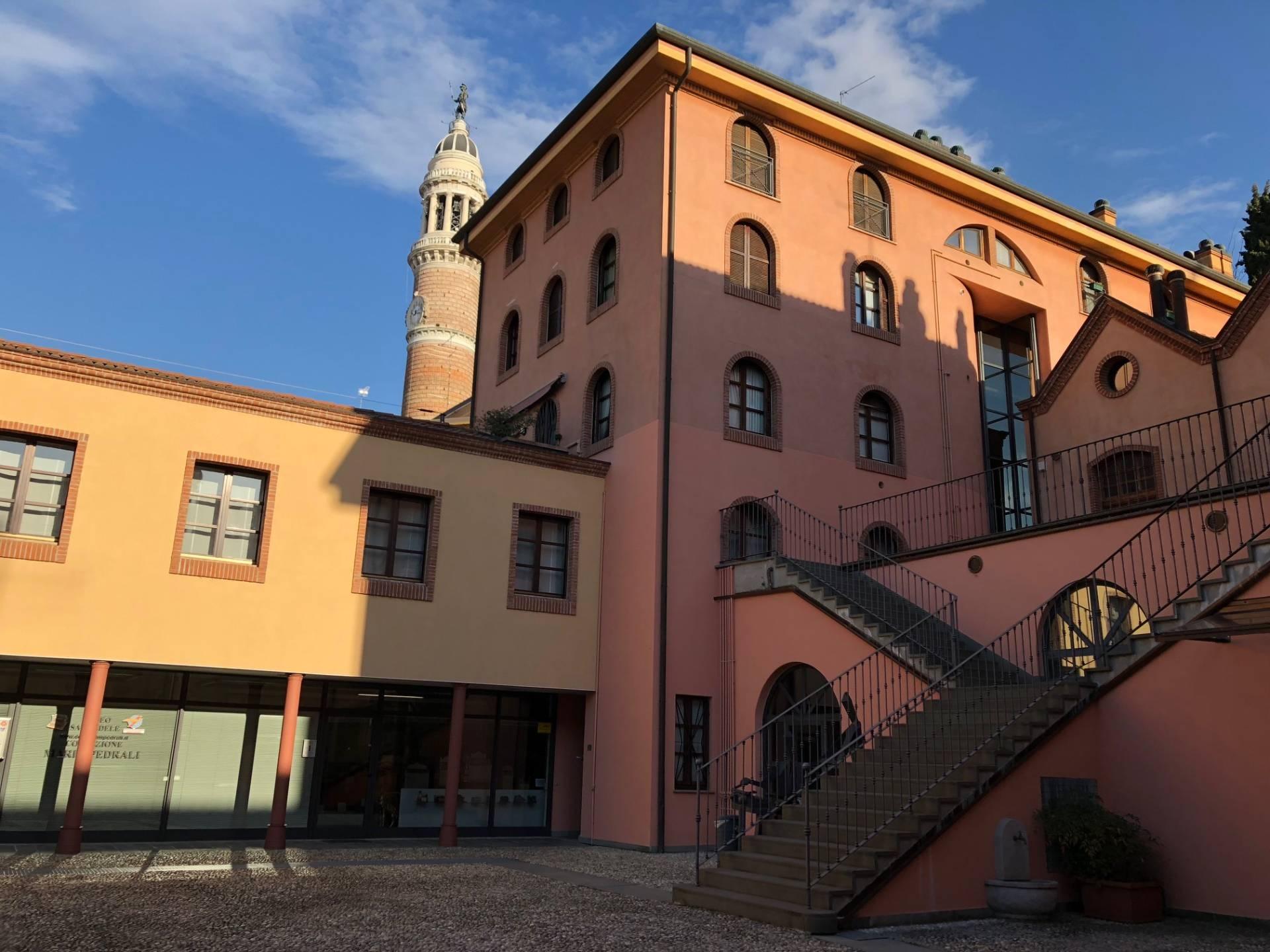 Attività / Licenza in vendita a Palazzolo sull'Oglio, 9999 locali, prezzo € 159.900 | PortaleAgenzieImmobiliari.it