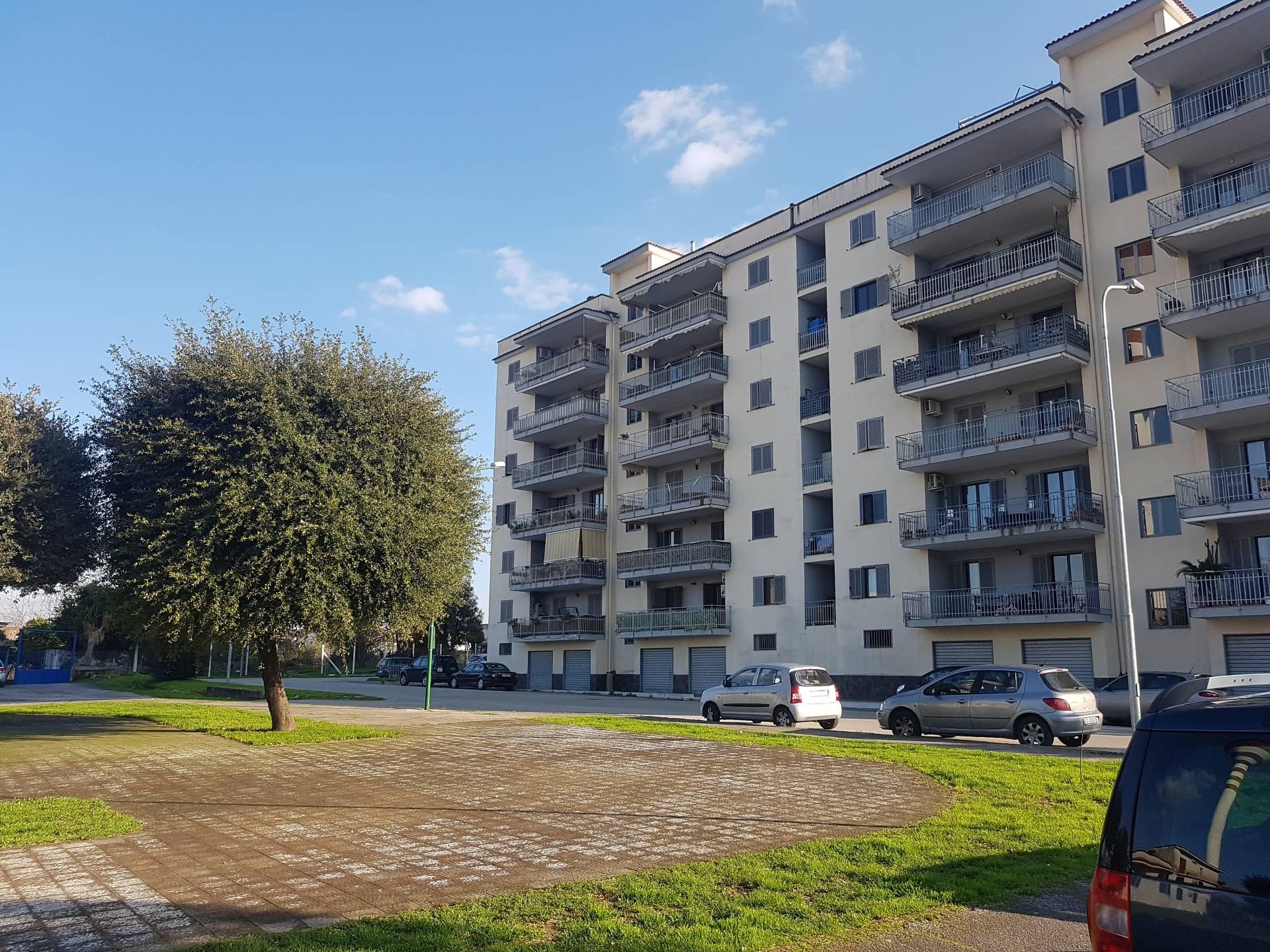 Appartamento in vendita a Brusciano, 4 locali, prezzo € 170.000 | CambioCasa.it