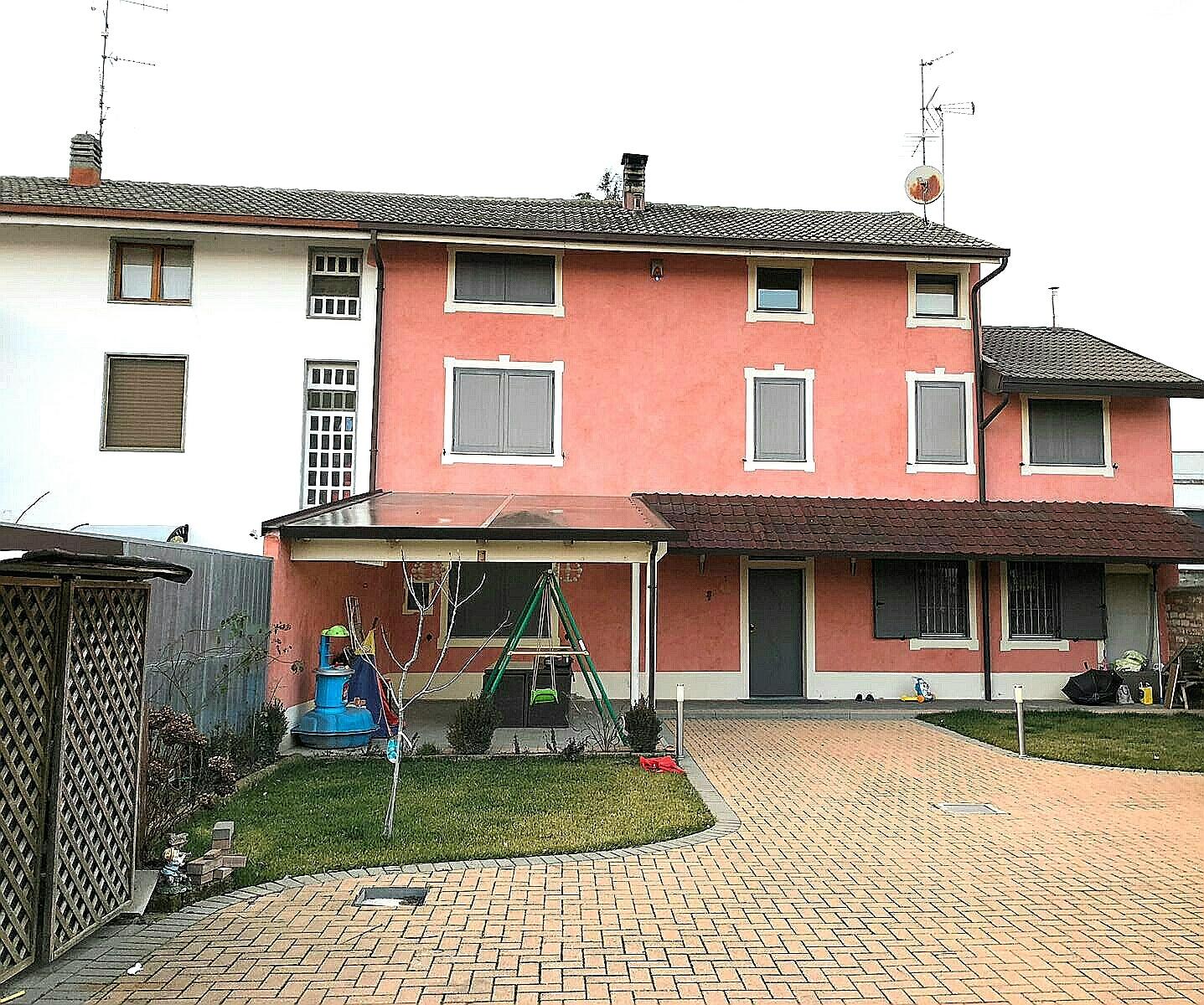 Soluzione Semindipendente in vendita a Morano sul Po, 5 locali, prezzo € 185.000 | CambioCasa.it
