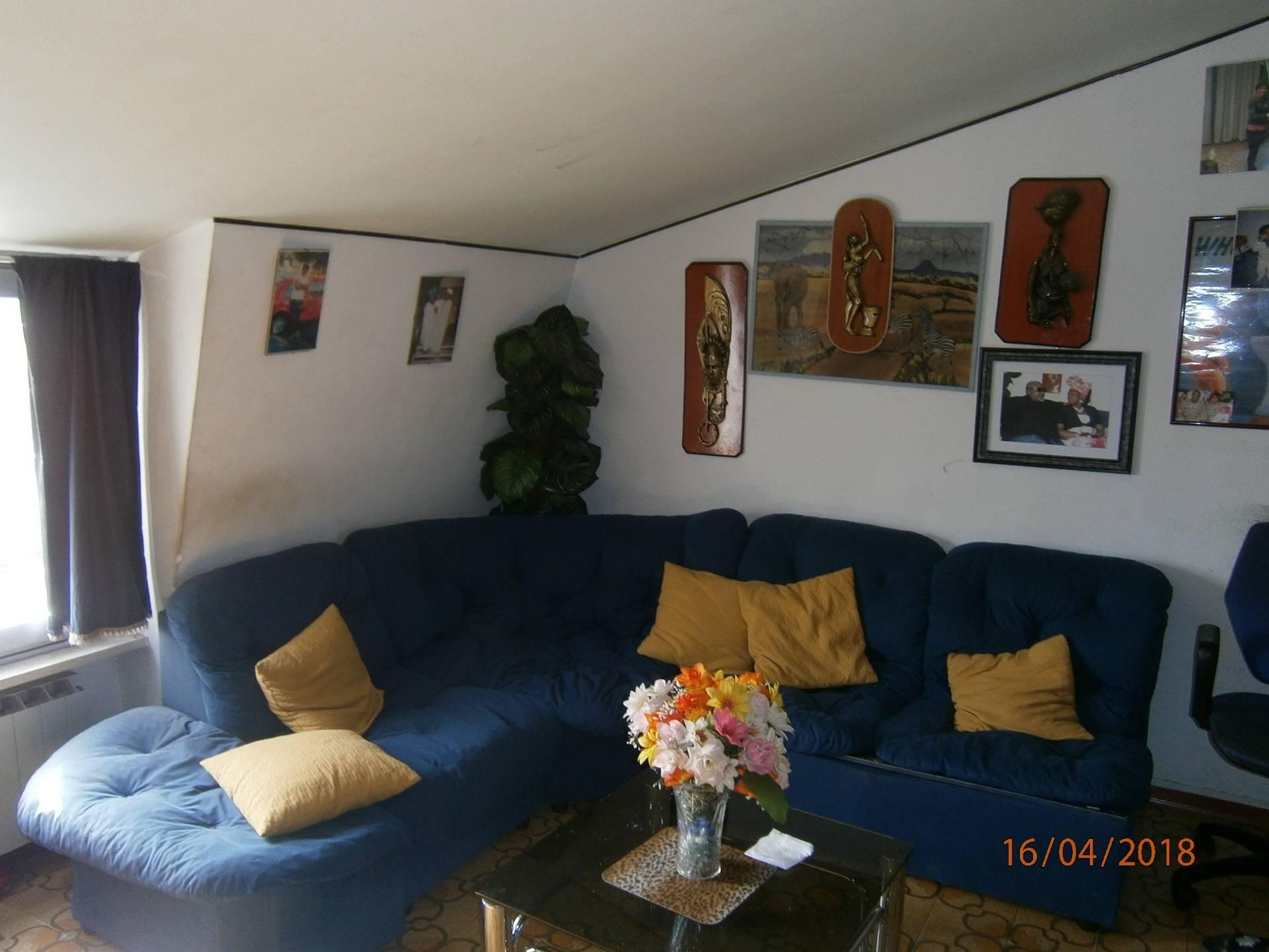 Appartamento in vendita a San Martino Buon Albergo, 5 locali, prezzo € 85.000   CambioCasa.it