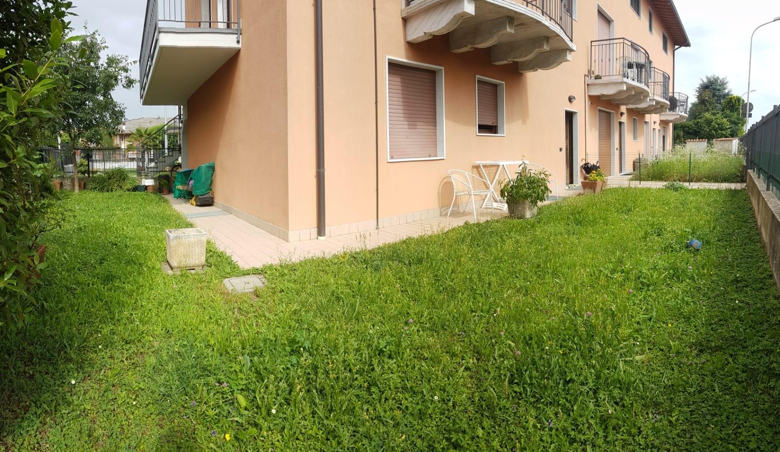 Appartamento in vendita a Zanica, 3 locali, prezzo € 128.500   CambioCasa.it