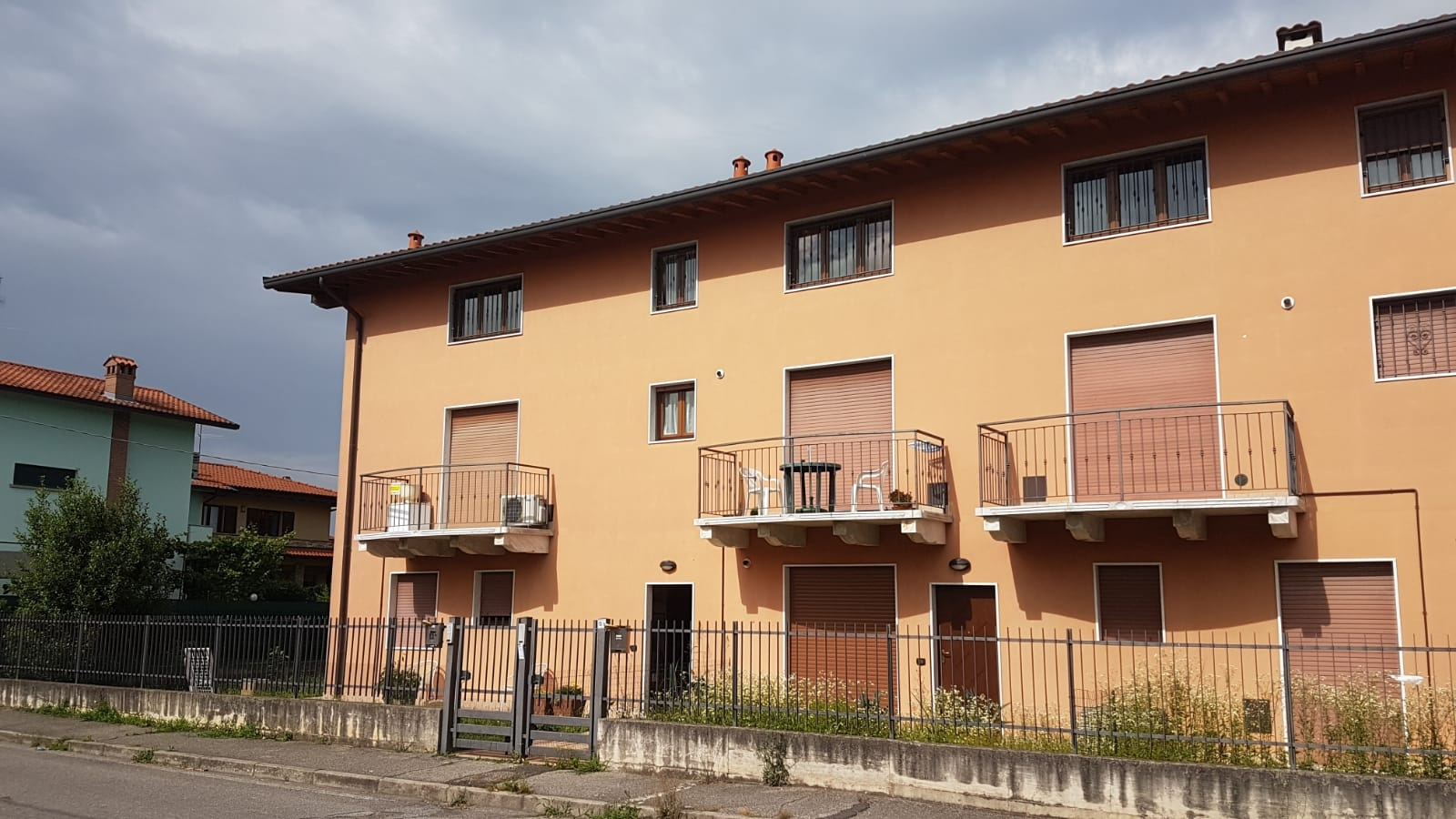 Appartamento in vendita a Zanica, 3 locali, prezzo € 58.000 | CambioCasa.it