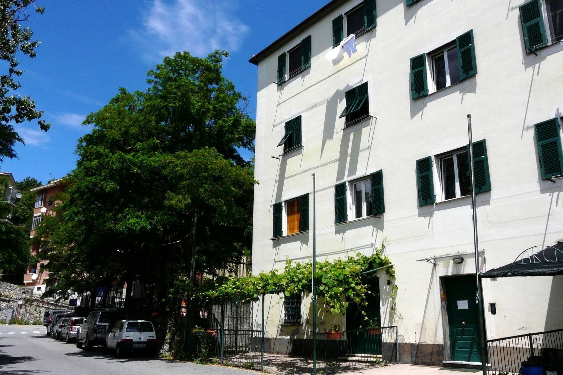 vendita appartamento genova granarolo  138000 euro  6 locali  81 mq