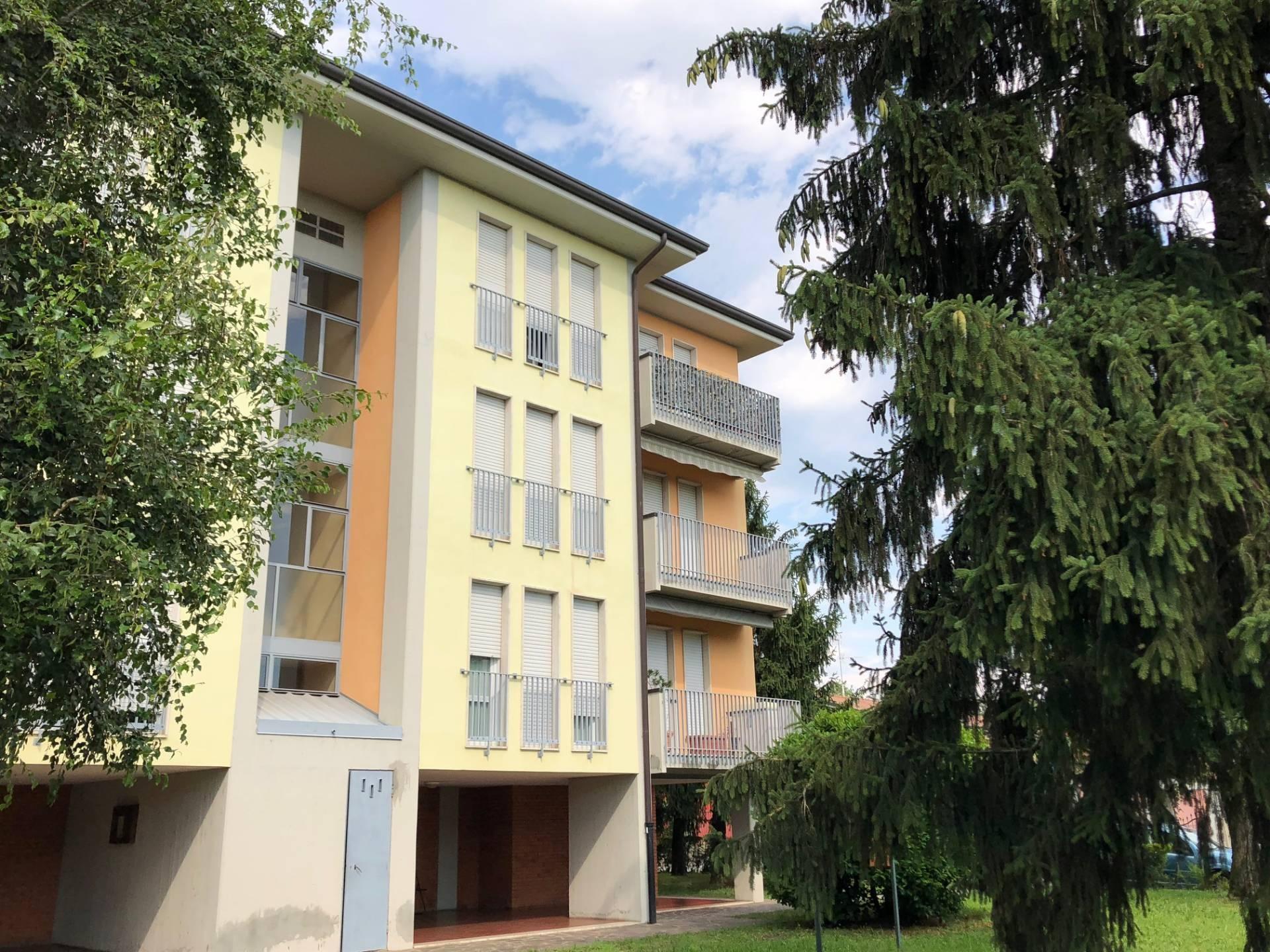 vendita appartamento palosco   78000 euro  4 locali  108 mq