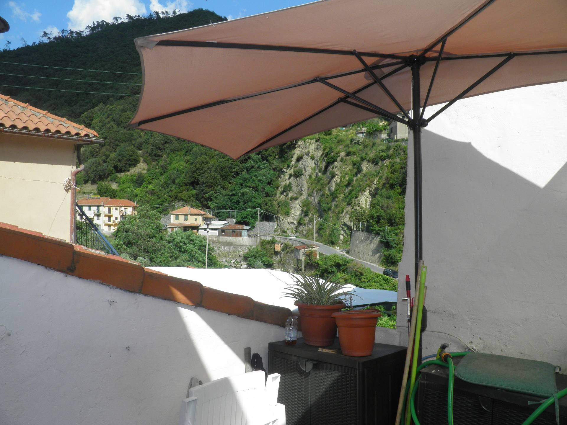 Appartamento in vendita a Albisola Superiore, 3 locali, prezzo € 80.000 | PortaleAgenzieImmobiliari.it