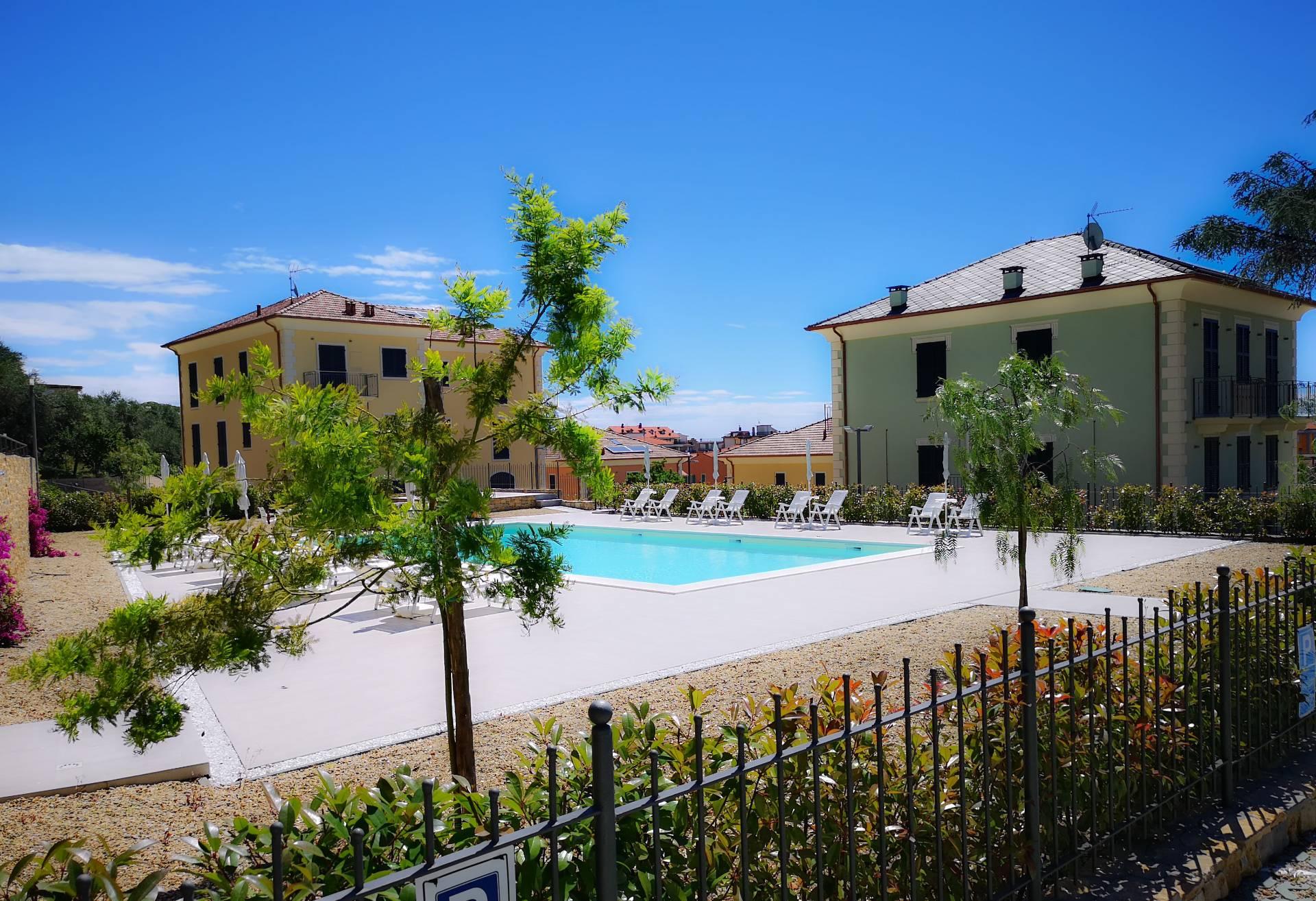 Appartamento in vendita a San Bartolomeo al Mare, 3 locali, prezzo € 300.000 | CambioCasa.it