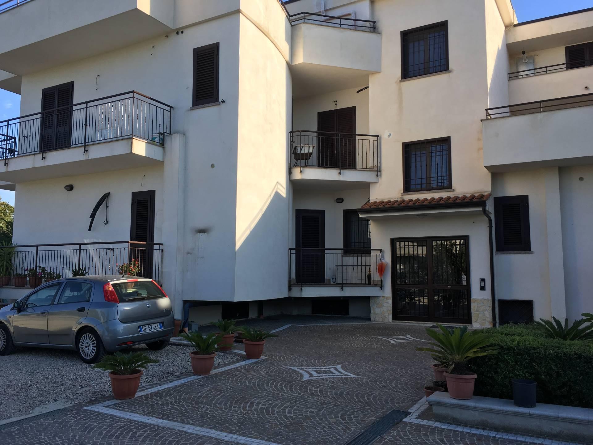 affitto appartamento marigliano   450 euro  3 locali  85 mq