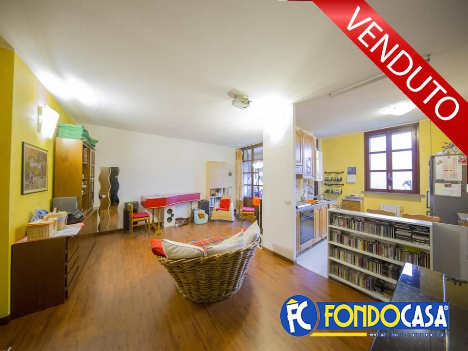 vendita appartamento milano quartiere adriano  230000 euro  3 locali  105 mq