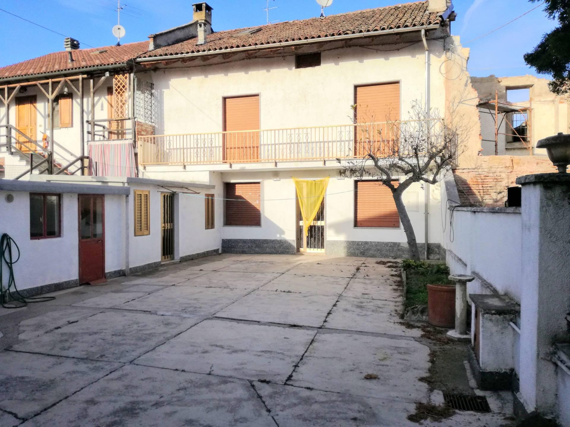Soluzione Semindipendente in vendita a Villanova Monferrato, 4 locali, prezzo € 135.000 | CambioCasa.it
