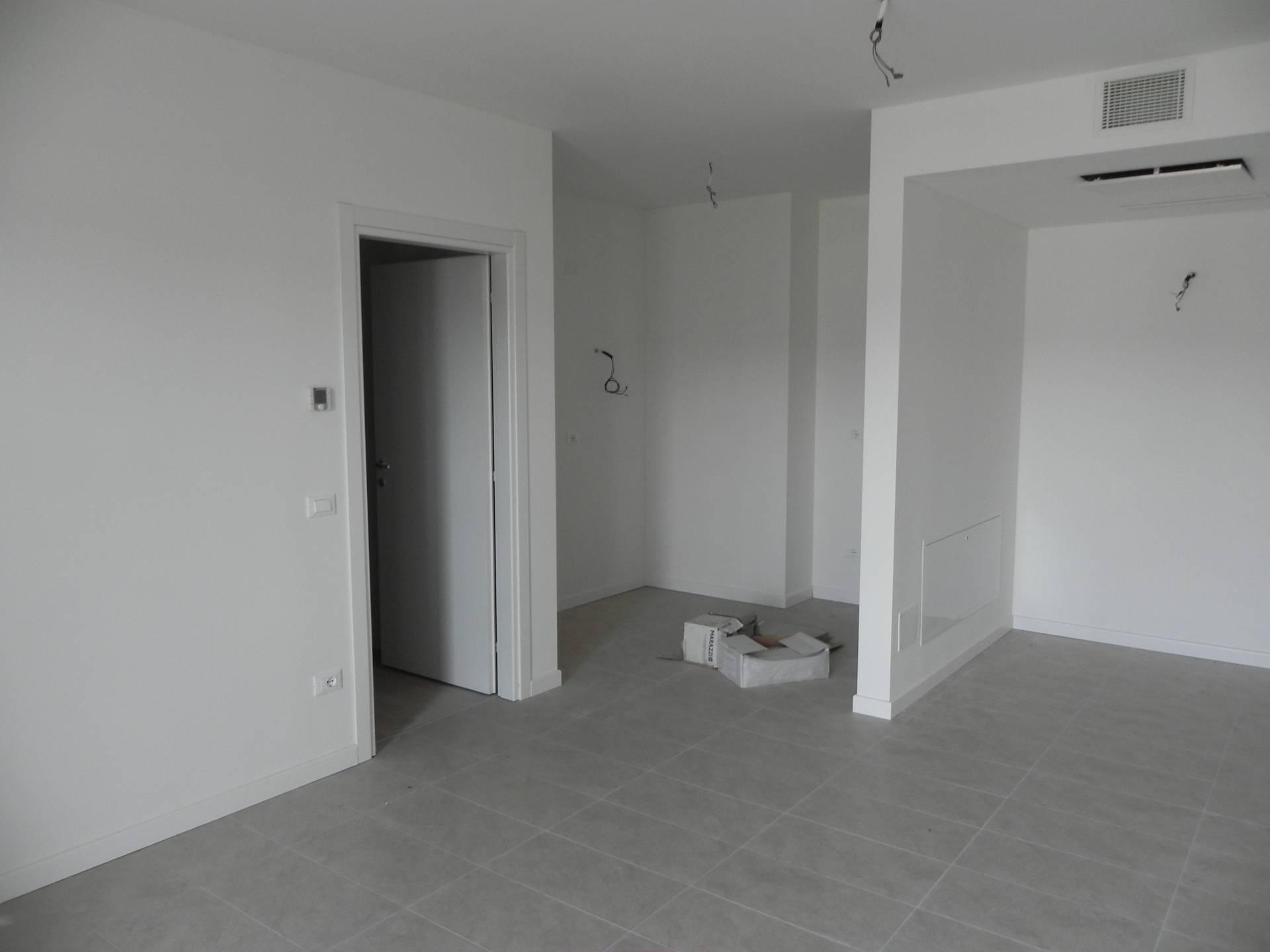 Appartamento in vendita a San Martino Buon Albergo, 3 locali, prezzo € 200.000   CambioCasa.it
