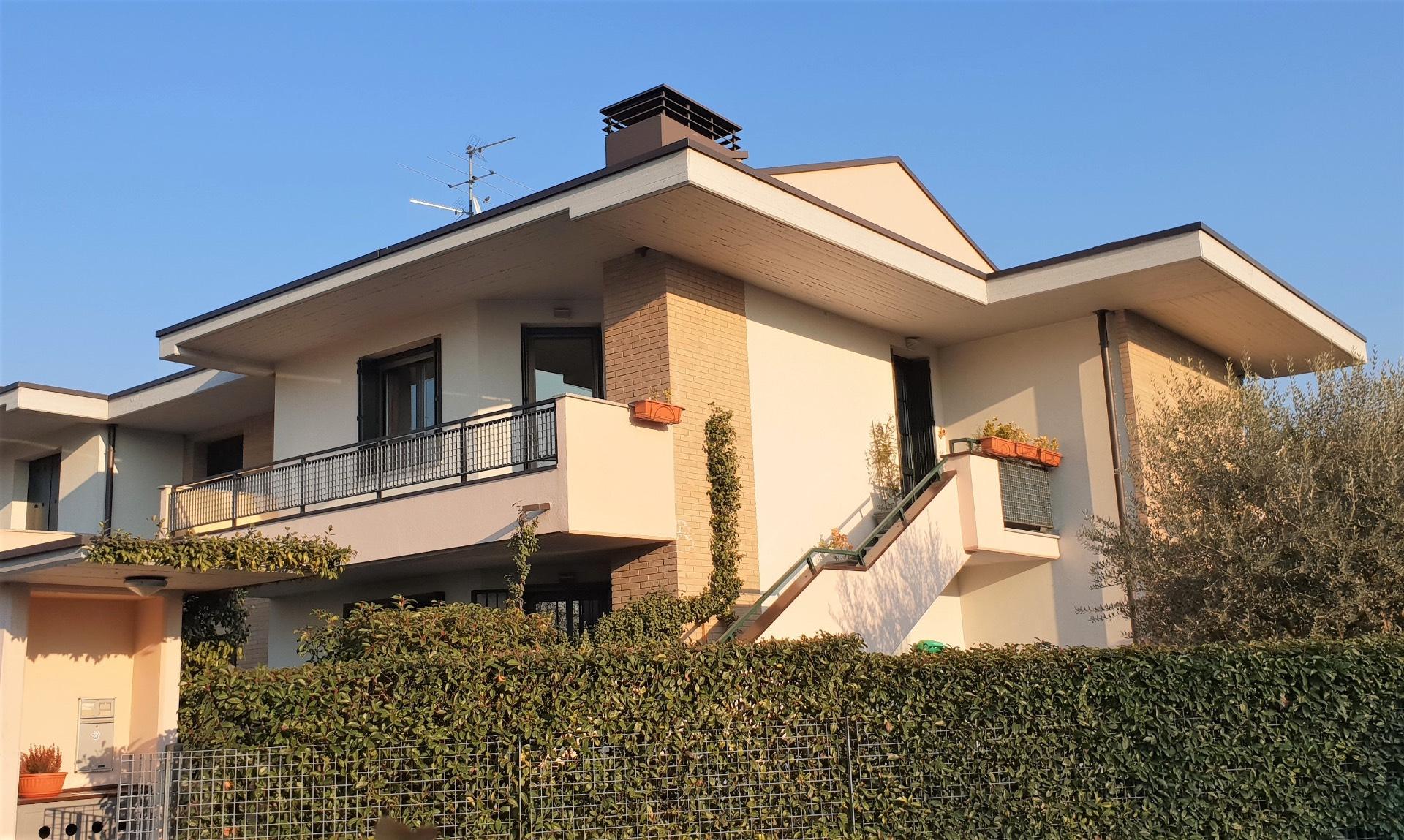 Appartamento in vendita a Zanica, 4 locali, Trattative riservate | CambioCasa.it