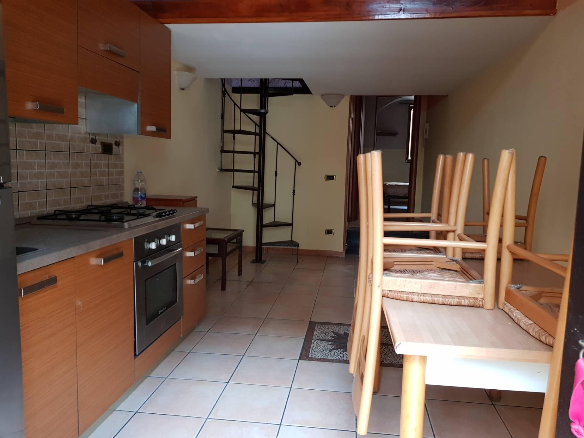 Appartamento in affitto a Mariglianella, 2 locali, prezzo € 300   CambioCasa.it