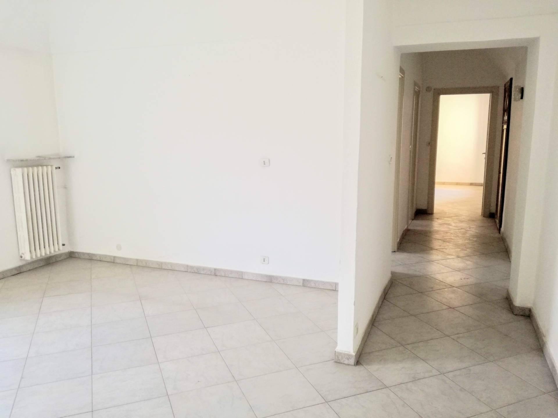 Appartamento in affitto a Casale Monferrato, 3 locali, prezzo € 350 | CambioCasa.it