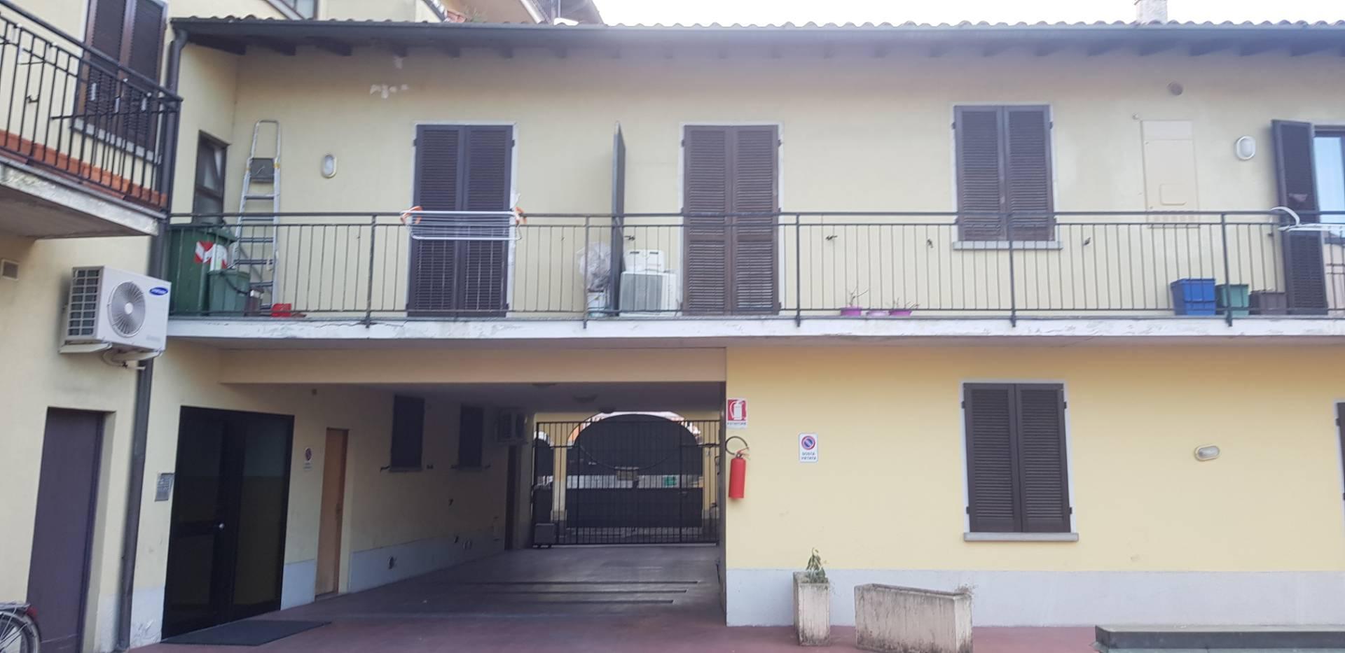 Appartamento in vendita a Coccaglio, 3 locali, prezzo € 58.000   CambioCasa.it