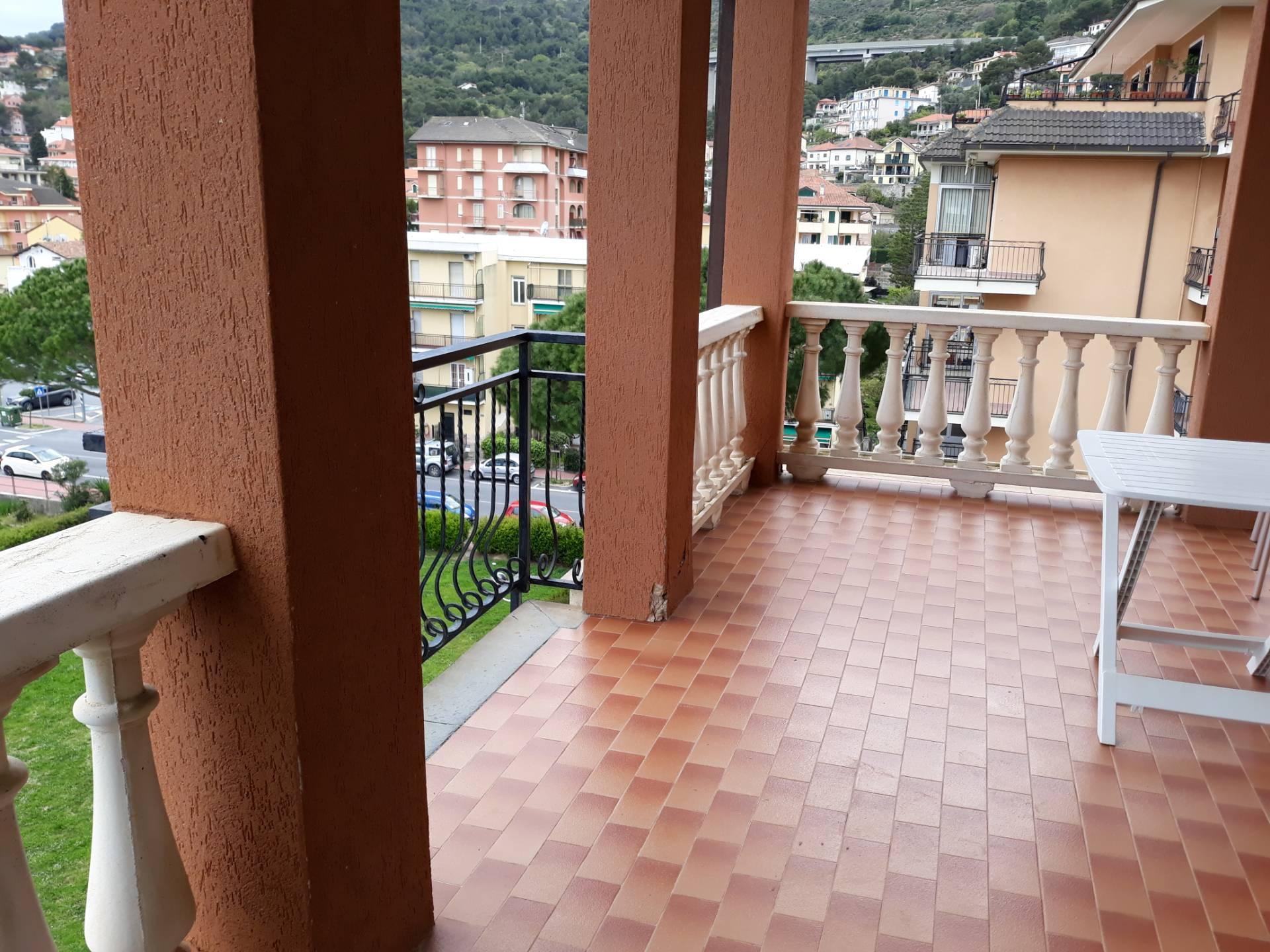 Foto 1 di Monolocale Via Cavour, Andora