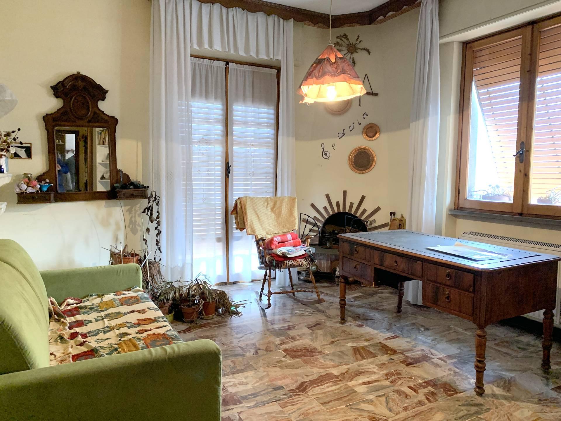 Appartamento in vendita a Cairo Montenotte, 5 locali, prezzo € 180.000 | PortaleAgenzieImmobiliari.it