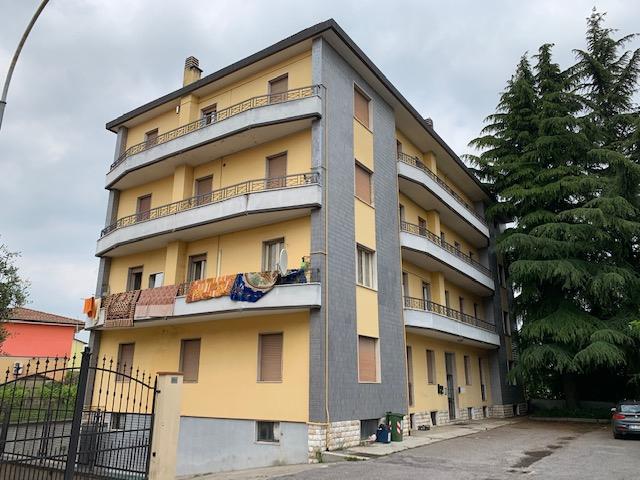 Appartamento in vendita a Rovato, 3 locali, prezzo € 95.000 | CambioCasa.it