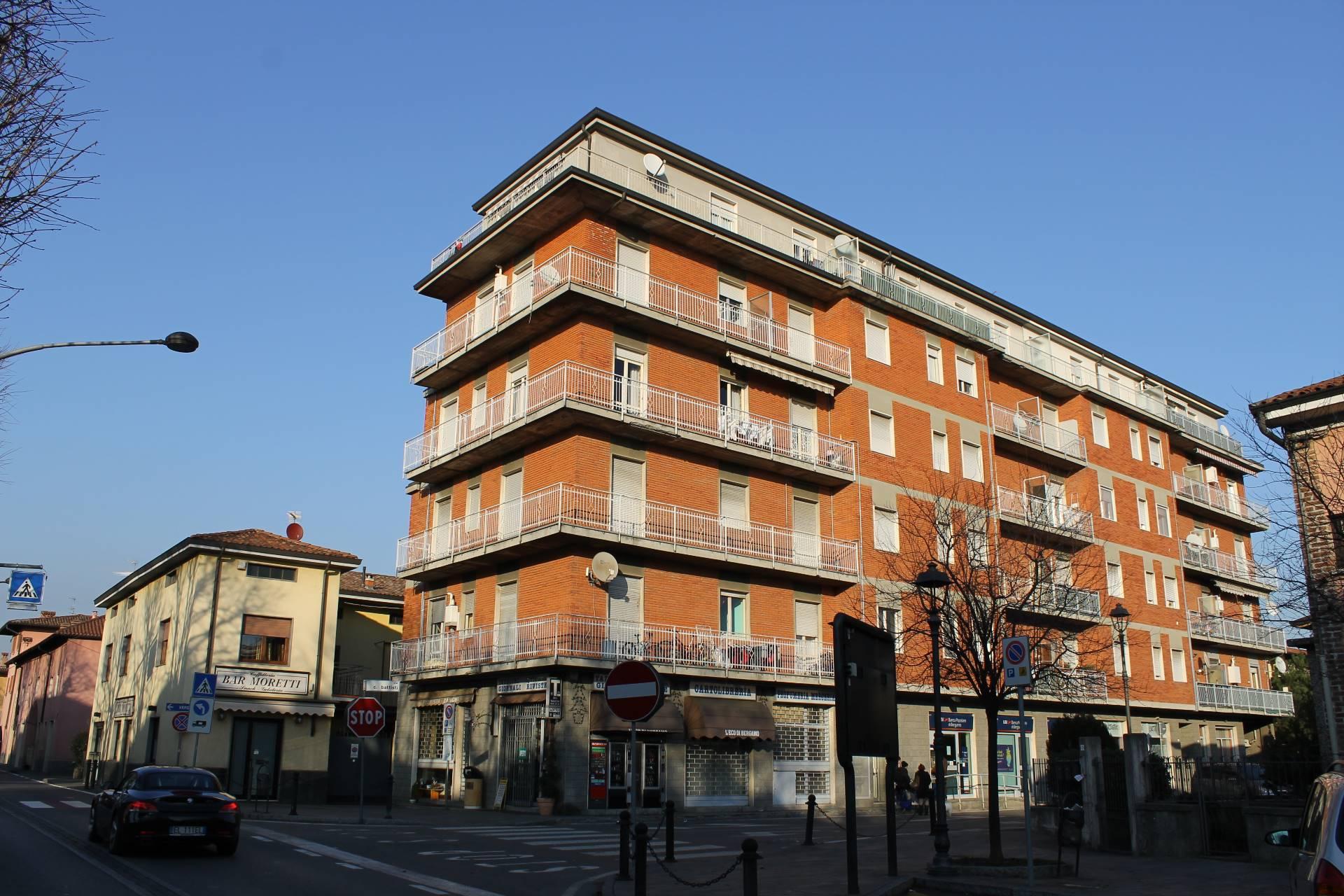 Appartamento in vendita a Comun Nuovo, 4 locali, prezzo € 56.000 | CambioCasa.it
