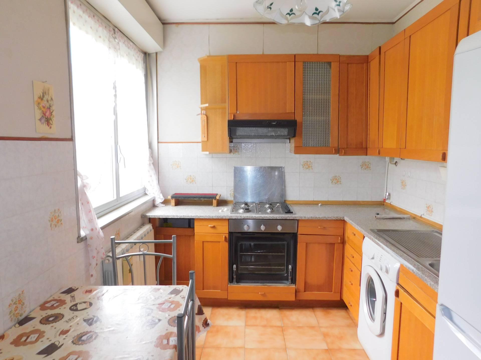 Appartamento in affitto a Genova, 5 locali, zona Località: Rivarolo, prezzo € 400 | PortaleAgenzieImmobiliari.it