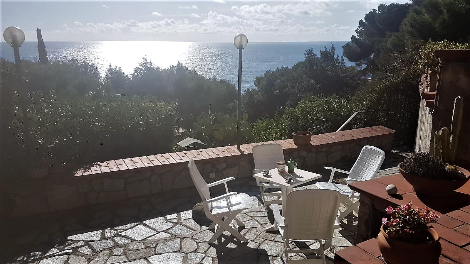 Foto 1 di Quadrilocale Via Trinacria, frazione Marina Di Andora, Andora