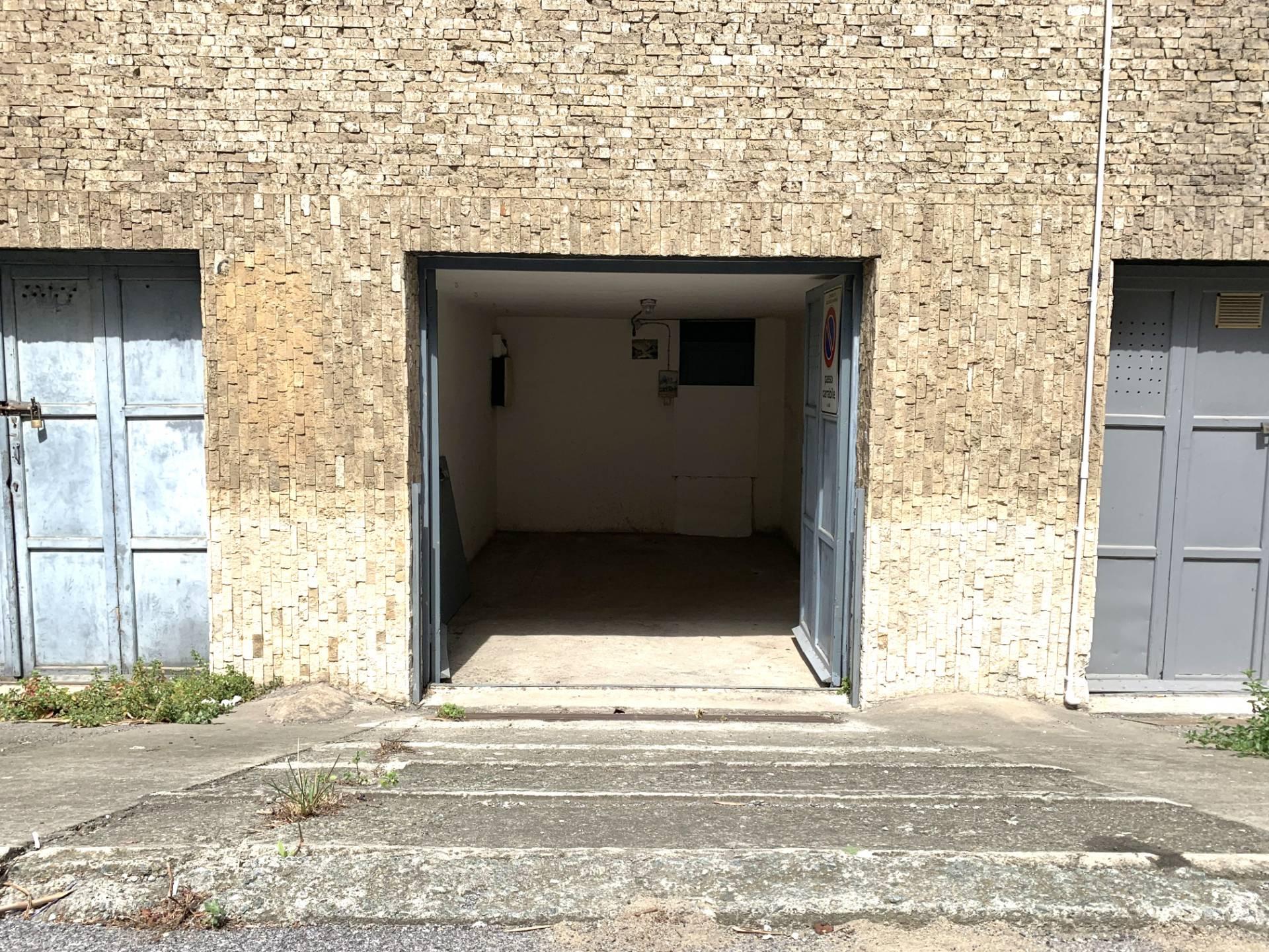 Box/Garage in vendita Ellera Albissola Marina